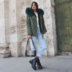 "Marta Lozano Pascual en Instagram: """"We only said goodbye with words""  @duciefashion #furparka & @aurevoircinderella_shoes  #drmartens """