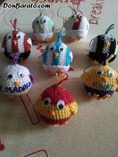 Llaveros,pollitos de tu equipo en crochet