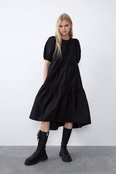 Zara black poplin asymmetrical midi dres on Mercari Dress Me Up, New Dress, Moda Minimal, Short Sleeve Dresses, Dresses With Sleeves, Poplin Dress, Cultura Pop, Minimal Fashion, Zara Women