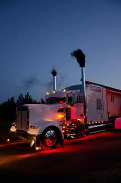 An awesome Kenworth, looking cool and rollin' some coal!