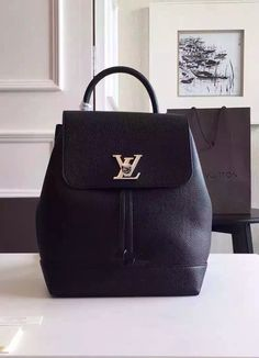 For women who are looking for a luxuriously crisp and sleek backpack, we have a good news to you: Louis Vuitton is now offering this lockme Backpack to all LV bag lovers out there.  View details at http://www.luxtime.su/louis-vuitton-lockme-backpack-noir-m41815
