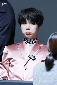 [HD] 161020 BTS Myeongdong Fan Signing © Fist Bump  #Suga #MinYoongi #MinPd Dream... Hope... Keep going ・・・・・☆