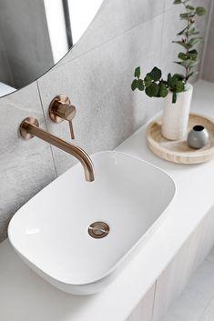 Bad Inspiration, Bathroom Inspiration, Bathroom Layout, Bathroom Interior Design, Bathroom Designs, Dream Bathrooms, Beautiful Bathrooms, Black Taps, Laundry In Bathroom