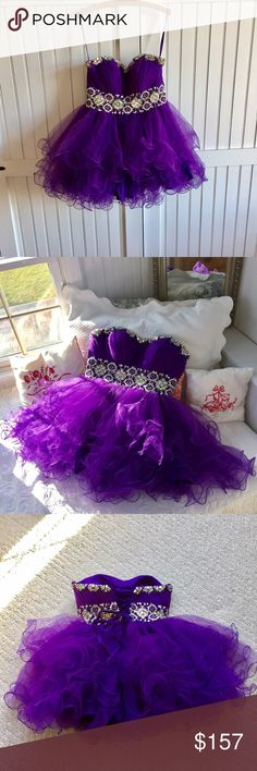 Amazing Tulle Mini Dress 💐💐 Pretty in Purple! Gorgeous jewel details and sweet Tulle. This was worn one to Prom. Mint Condition. ♥️🌷♥️🌷♥️ Bou Bou Dresses Prom