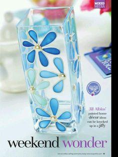 Vase marguerites bleues