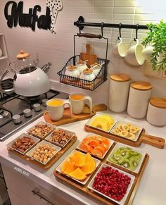 Reusable Jar Bags The perfect Breakfast Kitchen Decor Sets, Cooking Recipes, Healthy Recipes, Food Decoration, Food Platters, Perfect Breakfast, Cute Breakfast Ideas, Romantic Breakfast, Turkish Breakfast