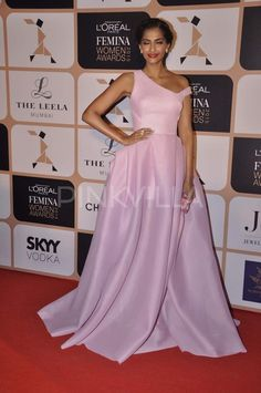 Sonam Kapoor at Femina Women Awards 2015   PINKVILLA