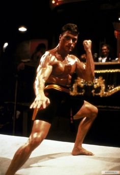 Jean-Claude Van Damme in Bloodsport Bruce Lee, Kickboxing, Karate Shotokan, Claude Van Damme, Action Movie Stars, Martial Arts Movies, Martial Artists, Idole, Actrices Hollywood