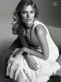 Constance Jablonski for Vanity Fair France - Celine Vanity Fair, Celine, Magic Women, Laetitia Casta, Contemporary Photographers, Claude, Everything Pink, France, White Fashion