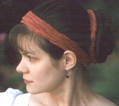 Jessamyn Reeves-Brown creates custom historical and contemporary garments; she appears to be particularly fond of the Regency era. She has a lovely page on hairstyles of that time.    The pic here is from her website and shows a modern-day look very like Regency styles.