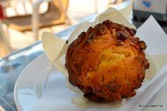 Walnut muffin, queque de noz Julie Dawn Fox in Portugal http://juliedawnfox.com