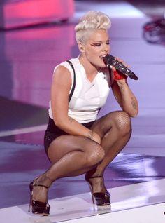 Pink Photo - 2012 MTV Video Music Awards - Show