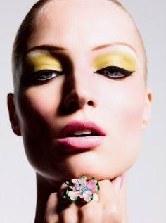 #delineados perfectos- Editorial de #maquillaje en nuestro blog!