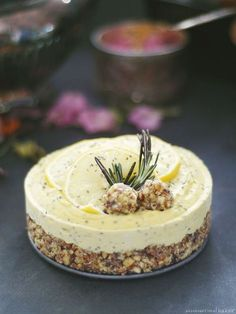 Raw Lemon Ginger Chia Cheesecake (Free From: gluten & grains, dairy, eggs, and refined sugar)(Vegan Cheesecake Vanilla) Raw Vegan Desserts, Raw Vegan Recipes, Paleo Dessert, Vegan Sweets, Healthy Sweets, Dairy Free Recipes, Dessert Recipes, Raw Vegan Cake, Drink Recipes