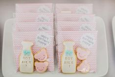 Cute favor bags at a Pastel Milk and Cookies Party Baby Girl Shower Themes, Baby Shower Gender Reveal, Baby Boy Shower, Baby Party, Baby Shower Parties, First Birthday Parties, First Birthdays, Pastel Party, Cookie Packaging