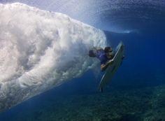Through the wave - Chai Duck Dive @ Waidroka Bay Resort - Fiji surfing!