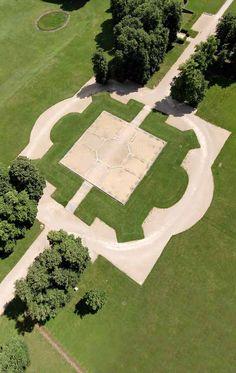 Parc de Marly-le-Roi, vue de l'emplacement du pavillon royal