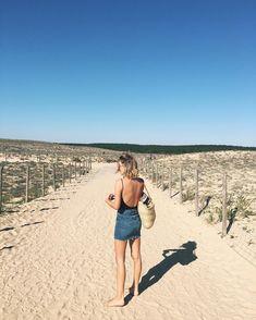 Sun spam ☀️☀️☀️ #lesvacances Curls For Long Hair, Jean Mini Skirts, Jeanne Damas, Summer Time, Summer Days, Best Swimwear, Vintage Glamour, Beach Bum, Green And Grey