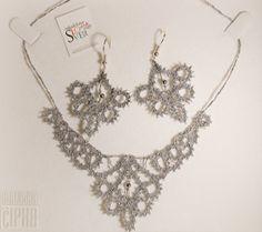 Earrings & necklace set by Medene Niti
