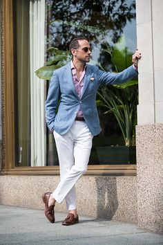 Like peanut butter and jelly or vanilla ice cream with colored sprinkles, light blue and white make a perfect combination for the summer. This color combination works well with any skin tone. It al…