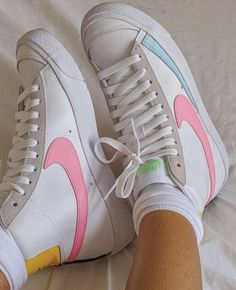 Funky Shoes, Fab Shoes, Hype Shoes, Pretty Shoes, Dream Shoes, Me Too Shoes, Cute Sneakers, Retro Sneakers, High Top Sneakers