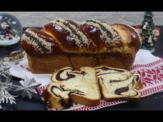 PAN DULCE DE NAVIDAD / Cozonac cu nuca si cacao - YouTube Pan Dulce, Pastry And Bakery, Cacao, Relleno, French Toast, Sweets, Bread, Breakfast, Youtube