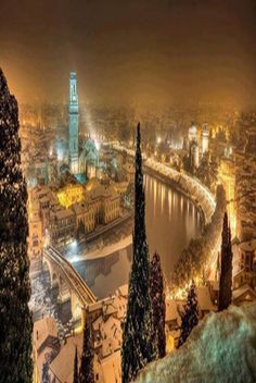 #Verona, #Italy http://www.benvenutolimos.com/Blog/BenvenutoLimos/the-best-way-to-spend-a-day-in-florence