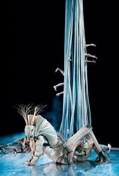 James Thiérrée — Au Revoir Parapluie - French contemporary circus master