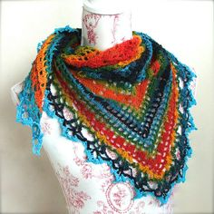 image of triangular crochet shawl, love the colours! #crochetshawl #summercrochet #diy