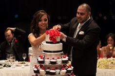 Wedding cake cutting - my beautiful wedding cake with 200 cupcakes