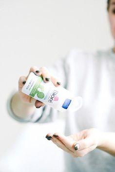 Biore Baking Soda Cleansing Scrub #BakingSodaCleansingMask #CleansingMask Baking Soda Facial, Baking Soda Mask, Baking Soda Face Scrub, Baking Soda For Acne, Baking Soda And Lemon, Baking Soda Cleaning, Baking Soda Shampoo, Baking Soda Uses, Hair Removal Scrub