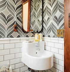 10 idee per arredare un piccolo bagno
