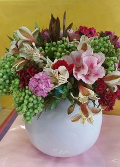 Cape Peninsula Flower & Gift Delivery for all occasions. Whether you are looking for luxury or budget, our flower shops have what you are looking for. Gift Delivery, Cape, Flowers, Gifts, Color, Mantle, Cabo, Presents, Colour