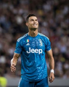 Cristano Ronaldo, Cristiano Ronaldo Juventus, Juventus Fc, Soccer Post, Ronaldo Wallpapers, Sports Celebrities, Virat Kohli, Football Fans, Soccer Players