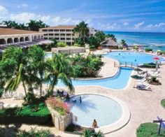 The Top 10 Caribbean Resorts for Families: Holiday Inn SunSpree Resort, Montego Bay, Jamaica (via Parents.com)