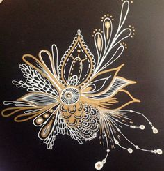 Black, White & Gold Zentangle - By Alycia Rowe .I like this the white, gold on black. Very nice and unique Zentangle Drawings, Mandala Drawing, Doodles Zentangles, Zentangle Patterns, Art Drawings, Mandala Art, Tangle Doodle, Zen Doodle, Doodle Art