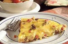 Hearty Sausage Skillet recipe Yum I used colby jack cheese instead of velveeta. Add a little frozen mushroom onion mix as well. Sausage Skillet Recipe, Skillet Meals, Sausage Recipes, Cooking Recipes, Skillet Recipes, Brunch Recipes, Breakfast Recipes, Breakfast Ideas, Breakfast Casserole