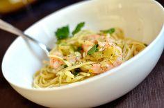 Pasta met garnalen en preisaus - HungryPeople