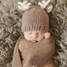 Baby Deer Outfits – Coco Ruby Darling Hat and pants set for newborn baby photography shoot photo - Newborn photography- Meadoria So Cute Baby, Baby Kind, Baby Love, Cute Kids, Baby Baby, Cute Baby Stuff, Pretty Kids, Child Baby, Newborn Baby Photos