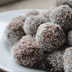Unas bolitas de Nutella, coco rallado y arroz inflado que además de estar riquísimas son muy fáciles de hacer. Si te gustan las trufas de chocolate y todo ese tipo de...