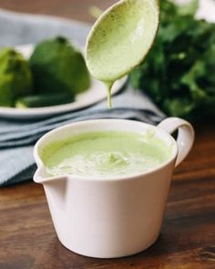 healthy green goddess dressing takes less than five minutes to make and is . This healthy green goddess dressing takes less than five minutes to make and is .This healthy green goddess dressing takes less than five minutes to make and is . Salad Dressing Recipes, Salad Recipes, Yogurt Recipes, Avocado Recipes, Dip Recipes, Recipies, Vegan Thermomix, Green Goddess Dressing, Green Goddess Dip
