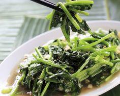 Retete rapide cu putine calorii: spanac cu usturoi