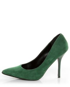 What Color Shoes For An Olive Green Crushed Velvet Dress