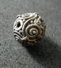 Silver bead, Hagebyhöga