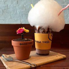 If you like you latte with a side of Hello Kitty or Lego, check out our picks of Seoul's quirkiest themed cafes. South Korea Seoul, South Korea Travel, Korea 20, Korea Trip, Good Bakery, Bakery Cafe, Korea Cafe, Seoul Cafe, Sweet Cafe