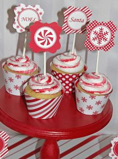 PEPPERMINT CHRISTMAS PARTY | CatchMyParty.com