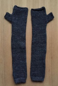 Baby Alpaca arm warmers in charcoal