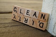 Mini Scrabble® clean/dirty magnet.