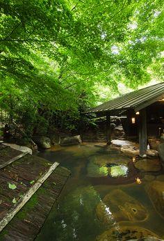 Hot Spring Bath at Sanga Ryokan, Kurokawa Onsen, Kumamoto Japan Kultur, Kurokawa Onsen, Dreamland, Japanese Hot Springs, Japanese Bath, Garden Villa, Outdoor Baths, Visit Japan, Japanese Architecture