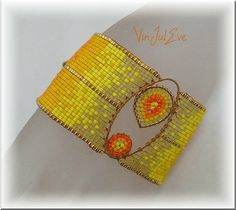 bracelet Loom plaque Jaune orange 1 Jaune Orange, Beading Jewelry, Loom Bracelets, Beading Tutorials, Bead Weaving, Herringbone, Seed Beads, Coin Purse, Creations